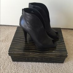 Spana Moda open toe booties. Very cute and very soft leather, open toe booties. Worn only few time maybe 2 times. Spana Moda Shoes Ankle Boots & Booties