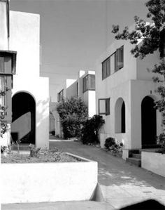 Horatio Court, Santa Monica, 1919, Irving Gill, architect