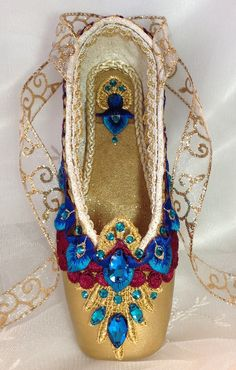 Pharaoh's Daughter themed decorated pointe shoe. Nutcracker Arabian. La Bayadere. READY TO SHIP.