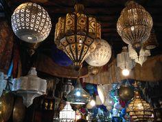 Tienda de lámparas Marrakech, Chandelier, Ceiling Lights, Home Decor, Pictures, Indoor Courtyard, Candelabra, Decoration Home, Room Decor
