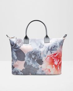 Discover bags for women at Ted Baker. From large leather handbags to compact clutch bags, you're sure to get carried away by this stylish selection. Ted Baker Bag, Baker Baker, Metallic Handbags, Painted Bags, Fab Bag, Flower Bag, Nylon Tote, Printed Tote Bags, Cute Bags