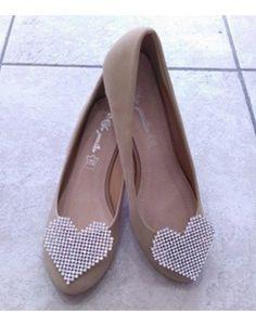Μοναδική μπαλαρίνα Νο. 40, με μεγάλο μοτίφ 'καρδιά'. Peeps, Peep Toe, Shoes, Fashion, Moda, Zapatos, Shoes Outlet, Fashion Styles, Shoe