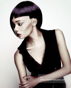 JAMIE STEVENS Mittel Schwarz weiblich Gerade Entspannt Ethnische Schwarz Choppy Farbige Definierte-Fransen Damen Haarschnitt Frisuren hairstyles
