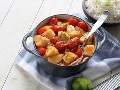 WW ViktVäktarnas snabba meny – 8 rätter på 20 minuter   Köket.se Fish And Seafood, Kung Pao Chicken, Lchf, Fruit Salad, Potato Salad, Vegetarian Recipes, Food And Drink, Healthy Eating, Curry Recept