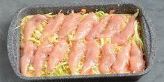 Kyllingeinderfilet lægges ovenpå, og så skal retten bare i ovnen. I Love Food, Good Food, Cooking Recipes, Healthy Recipes, Dinner Is Served, Snack, Food Inspiration, Chicken Recipes, Dinner Recipes