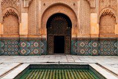 Fachada arquitectónica mozárabe, Marrakech.