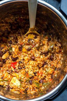 Chicken Burrito Bowl, Chicken Burritos, Burrito Bowls, Taco Bowls, Instant Pot Pressure Cooker, Pressure Cooker Recipes, Pressure Cooking, Whole Food Recipes, Cooking Recipes