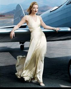 Annie Leibovitz for Vogue (Cate Blanchett) ... I love the powerful, luxury, feminin and clean arrangements by Annie