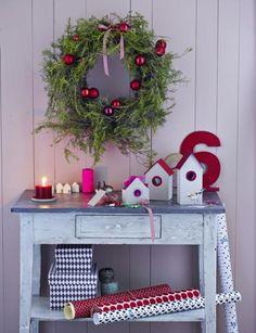 Weihnachtliches Dorf (Aus LIVING AT HOME 12/2013)Das ist das Haus vom Nikolaus … Oder gleich das ganze Dorf vom Nikolaus! Die Häuser werden nach unserer...