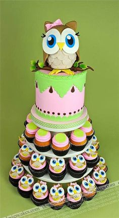Owl cake great for a baby shower