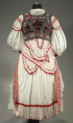 Fewer examples found than other areas ~ Complete Woman's Slovak Folk Costume from Tisovnik by ethnicdress Folk Fashion, Ethnic Fashion, Vintage Fashion, Historical Costume, Historical Clothing, Beautiful Costumes, Beautiful Outfits, European Costumes, Costumes Around The World