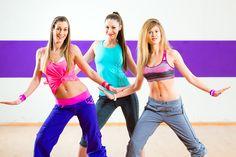 Chceš spraviť niečo pre svoje zdravie, ale nedokážeš sa prinútiť do žiadneho športu? Ak miluješ tanec a hudbu, zumba je pre teba ako stvorená. Je skutočne nenásilnou formou pohybu. Zumba ťa svojou atmosférou strhne a zabaví natoľko, že si ani nestihneš uvedomiť, že už vlastne športuješ. Zumba je fenomén, ktorý netreba obzvlášť predstavovať. Tento populárny …