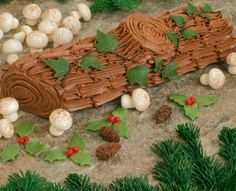 Image detail for -Christmas Yule Log Cake, Yule Log Cake Recipe, Classic Y  this is adorable
