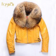 Купить товарЗаводские женщины стеганая кожаная куртка из натуральной овчины мехом енота воротник желтый черный красный 3 цвета тонкий полупальто зима ZH128 в категории Кожа и замшана AliExpress.      Мы имеем нашу собственную фабрику, которая специализируется в Geniune кожаные аксессуары.  Если вы индивидуал