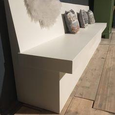 Klepbanken - eettafel banken Archieven - Oud is nieuw Kitchen Booths, Kitchen Benches, Kitchen Nook, Outdoor Furniture Chairs, Modern Dining Chairs, Diy Bench Seat, Wall Bench, My Kitchen Rules, Dining Nook