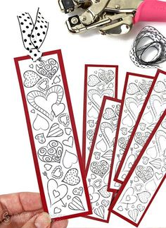 Heart Bookmarks to Print and Color Print Valentine Bookmarks for school. Free printable bookmarks for kids to color from Carla Schauer Designs.Print Valentine Bookmarks for school. Free printable bookmarks for kids to color from Carla Schauer Designs. Valentines Bricolage, Kinder Valentines, Valentines Day Party, Valentine's Day Crafts For Kids, Valentine Crafts For Kids, Valentines Day Activities, Craft Activities, Diy Valentine, Homemade Valentines