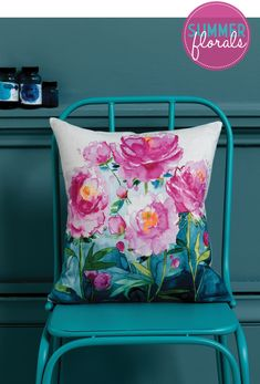 Beautiful flower design—amazing colors—Blossom Collection—fabric design by Fiona Douglas❣ bluebellgray Turquoise Cottage, Vert Turquoise, Bluebellgray, Deco Boheme, Arte Floral, House And Home Magazine, Fabric Painting, Dress Painting, Soft Furnishings