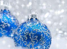 9290891-blue-christmas-balls-over-sparkling-background-shallow-depth-of-field.jpg 1,200×882 pixels