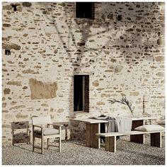 Interior Architecture, Interior Design, Regions Of Italy, Stone Houses, The Outsiders, Villa, Instagram, Building, Home Decor