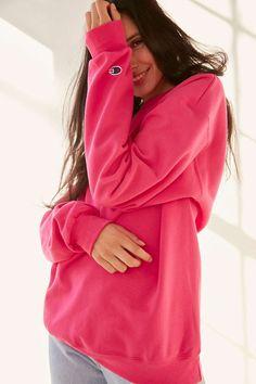 Champion + UO Mini Logo Crew-Neck Sweatshirt - Urban Outfitters