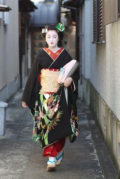 Miehina (now geiko) of Miyagawacho