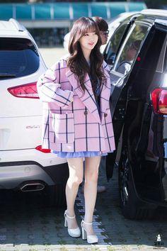 dedicated to female kpop idols. Lovelyz Kei, Girl Outfits, Cute Outfits, K Idol, Asia Girl, First Girl, Korean Beauty, Japanese Fashion, South Korean Girls