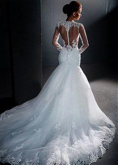 Elegant Tulle Jewel Neckline Mermaid Wedding Dresses With Lace Appliques