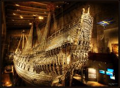 This is the Swedish warship Vasa, it sank in 1628 and was recovered from the ocean in 1961 almost completely intact. This is the only remaining intact ship from the This ship is housed in The Vasa Museum in Stockholm Sweden. Museum built around ship Interesting History, Tall Ships, World History, Ancient History, Archaeology, Sailing Ships, Vikings, Photos, Pictures