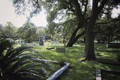 haunted graveyard Charleston, NC