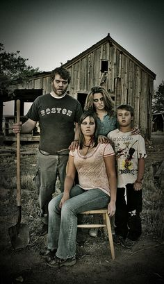 Hehe, one of my co-workers totally awesome zombie family photo!