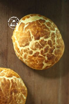 I have been trying making this tiger bread for few months ago. Tiger Bread, Nasi Lemak, Dessert Bread, Sourdough Bread, Cupcake Recipes, Scones, Tiger Face, Breakfast, Breads