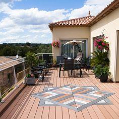 UPM ProFi Deck, Autumn Brown, Bouzigues, France