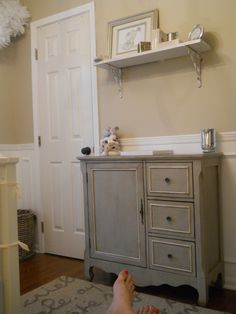 Gender Neutral Nursery gender neutral nursery - this is exactly what I'd love to do for a future little Crawford!gender neutral nursery - this is exactly what I'd love to do for a future little Crawford! Tan Nursery, Neutral Nursery Colors, Nursery Paint Colors, Baby Nursery Neutral, Gender Neutral Baby, Nursery Room, Nursery Shelves, Nursery Paintings, Bathroom Kids