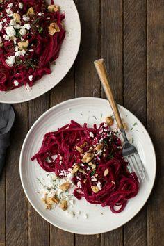 Rote-Bete-Salat mit Walnüssen und Ziegenkäse