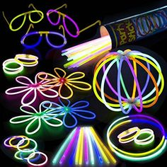 100 Glow Stick Party Pack - 100 Mixed Color 8 Premium Glo