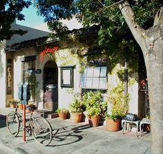 A local #SantaCruz favorite since 1992, Gabriella's is the perfect pairing for your #BabblingBrookInn stay! #InnsbytheSea #travel #getaway #restaurant #food #fun