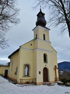 Vlkolínec - kostol Navštívenia Panny Márie