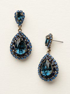 Oval Encrusted Crystal Statement Earring in Dress Blues by Sorrelli - $100.00 (http://www.sorrelli.com/products/ECW47AGDBL)