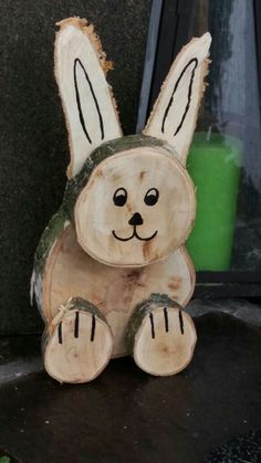 ideas wood slice crafts easter for 2019 Wood Log Crafts, Wood Slice Crafts, Diy Wood, Easter Crafts, Holiday Crafts, Rabbit Crafts, Wood Animal, Diy Ostern, Wood Creations