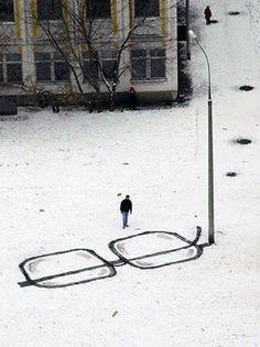 Street artist Pavel Puhov. Pin Maudjesstyling.
