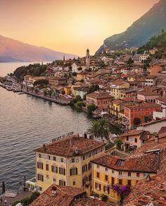 Lago di Garda, Italy Currency: Euro Photo by instagram.com/sennarelax