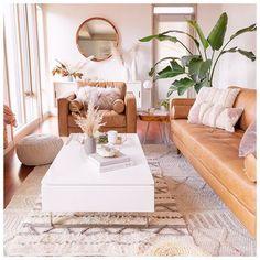 Like the rug,pillows,furniture-not coffee tabĺe