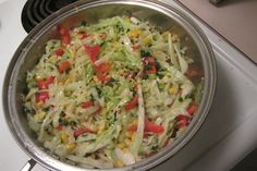 Em apenas 10 minutos você prepara essa deliciosa salada de repolho refogado, confira!