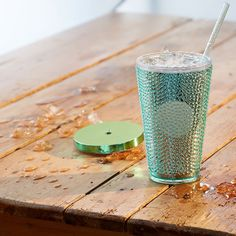 Check out for dazzling drinkware collection which includes cold cups, tumblers, travel mugs and lots more only at Starbucks Canada.