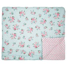 GreenGate Sonia Pale Blue Quilt / Bed cover 180x230cm Blue Quilts, Bed Covers, Shabby Chic, Blanket, Gate, Catalog, Winter, Products, Fluffy Blankets