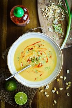 食材の旨味や栄養がたっぷり溶け出すスープ。消化吸収しやすいので胃腸が疲れている時や、遅い時間の食事としてもおすすめのメニューです。また、夏と言えども冷房などで体が冷えやすい方にもぴったりです。