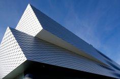 ヘルツォーク&ド·ムーロン:メッセ バーゼル展示場