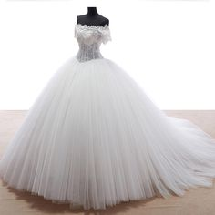 Find More Wedding Dresses Information about Romantic Russian Style Vestido de noiva 2015 Ball Gown Beading and Lace Wedding Dresses 2016 Sexy Short Sleeve Bridal Gowns YW53,High Quality gown set,China gown bride Suppliers, Cheap gown house from LaceBridal on Aliexpress.com