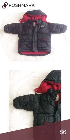 Old Navy Used Coat 12-18m Good used condition, no stains no damage. From free pets and smoke home. Thank you for looking and please feel free to view my other items :) I do bundles too Old Navy Jackets & Coats