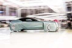The body of the Vision Next 100 features an all glass clamshell top
